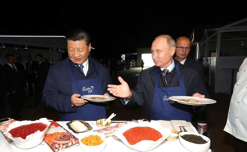Владимир Путин и Си Цзиньпин во Владивостоке