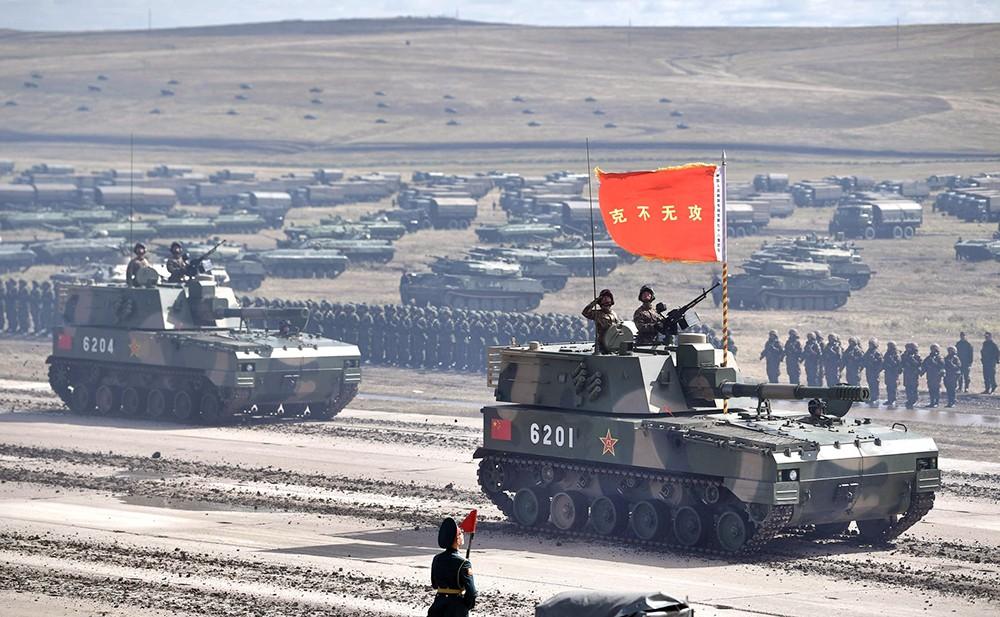 """Военная техника армии КНР на учениях """"Восток"""""""