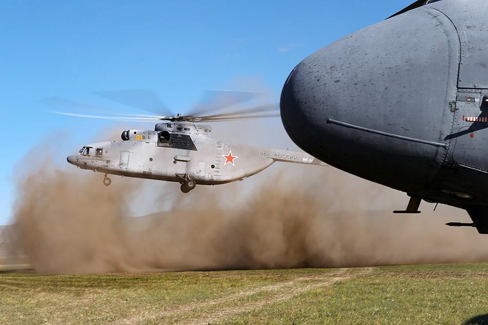 Вертолеты ВКС России