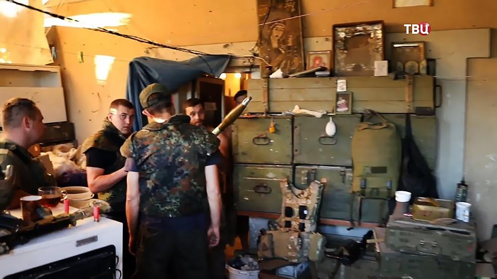 Украинские военные в Донбассе