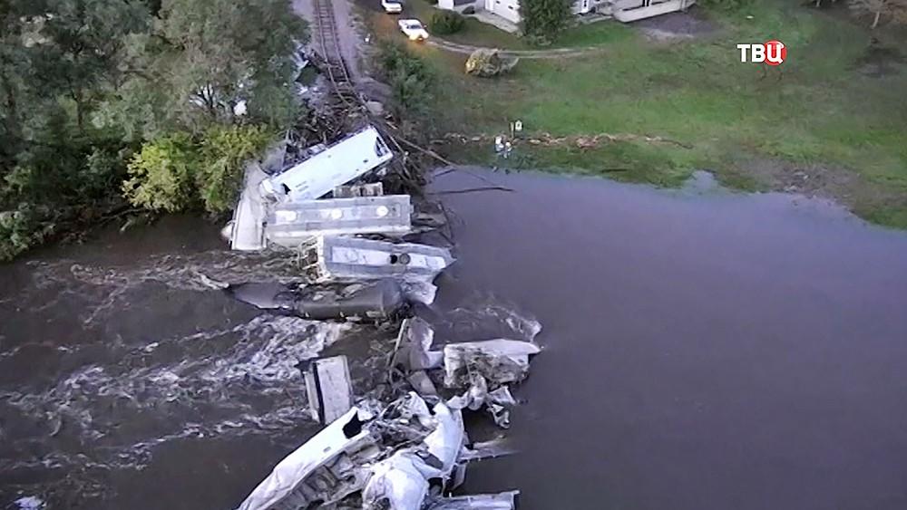 Обрушение железнодорожного моста в США