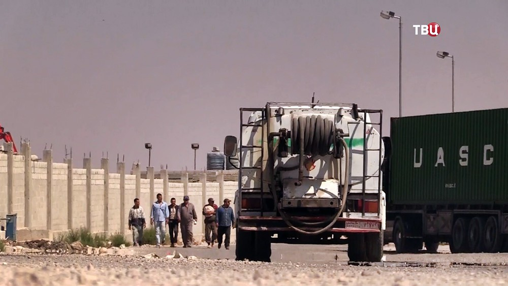 Рпботники производства в Сирии