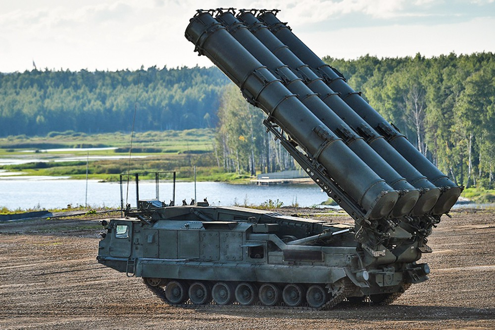 Зенитно-ракетный комплекс С-300 СМ
