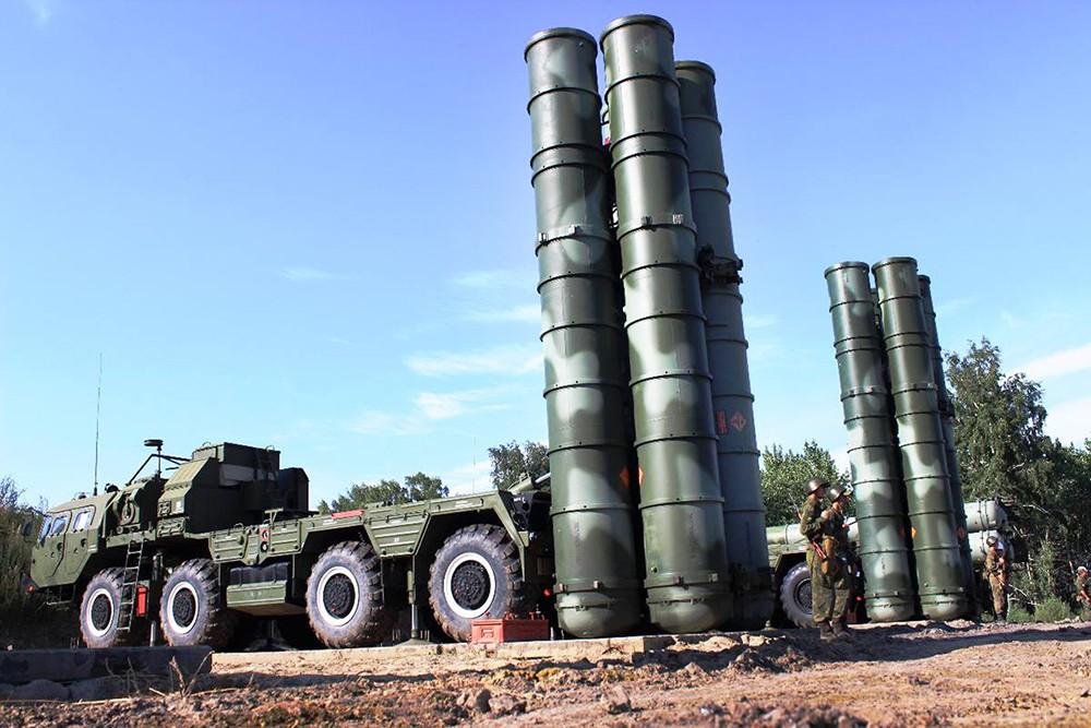 Зенитно-ракетный комплекс С-400