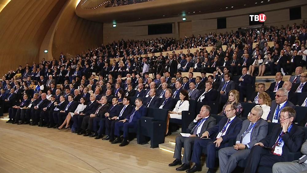 Участники российско-азербайджанского межрегионального форума