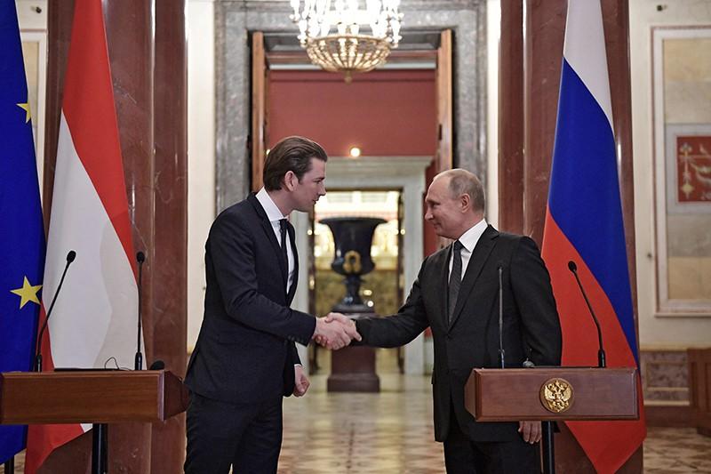 Президент России Владимир Путин и канцлер Австрии Себастиан Курц