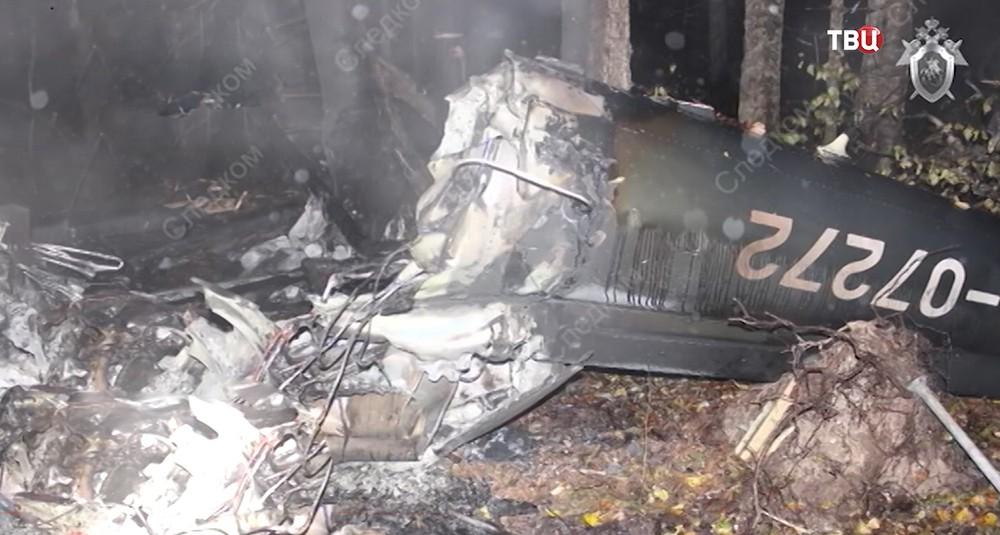 Место падения вертолета в Костромской области