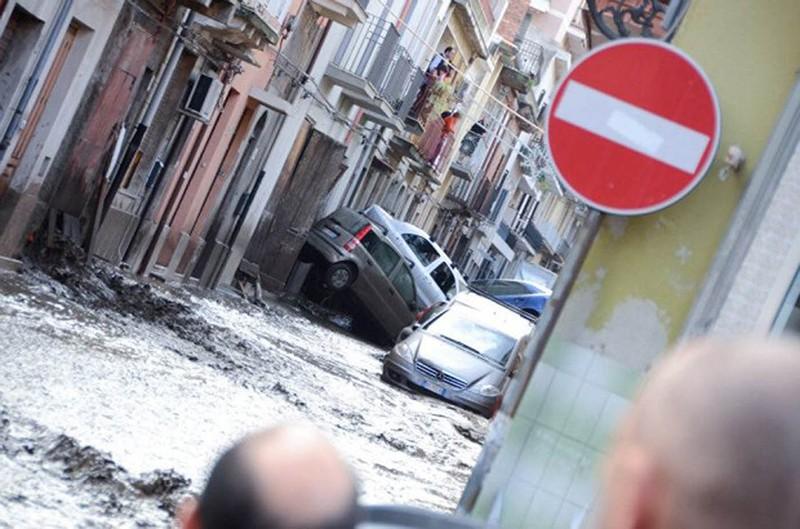 Наводнение на Сицилии, Италия
