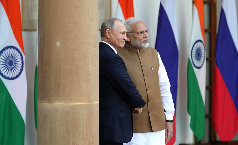 Владимир Путин с Премьер-министр Индии Нарендр Моди