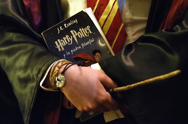 Книга о приключениях Гарри Поттера