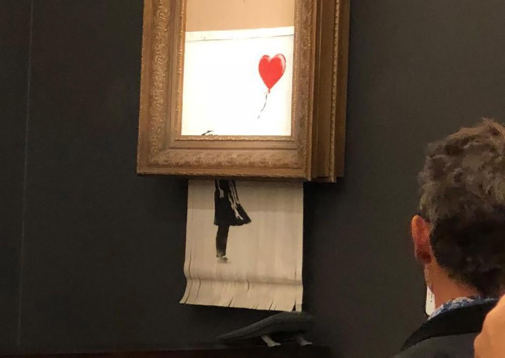 """""""Девочка с воздушным шаром"""" художника Бэнкси"""