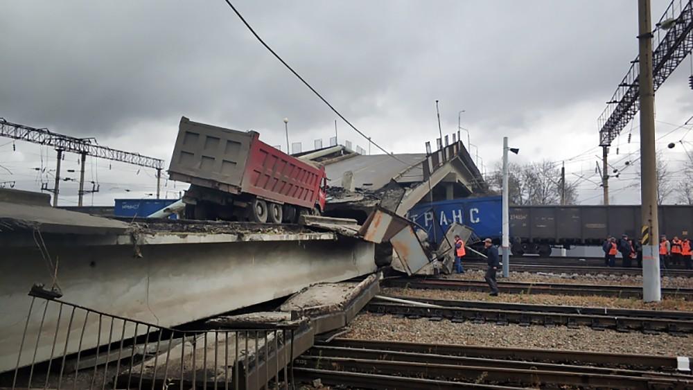Обрушение моста в Амурской области