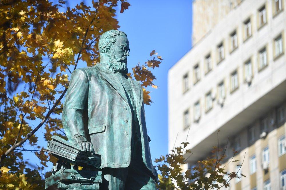 Памятник Николаю Склифосовскому
