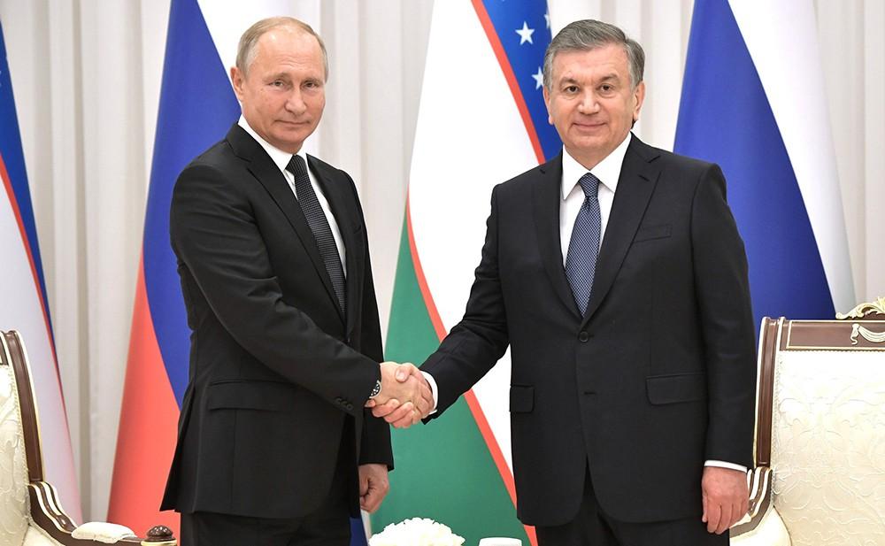 Владимир Путин с Президентом Узбекистана Шавкатом Мирзиёевым