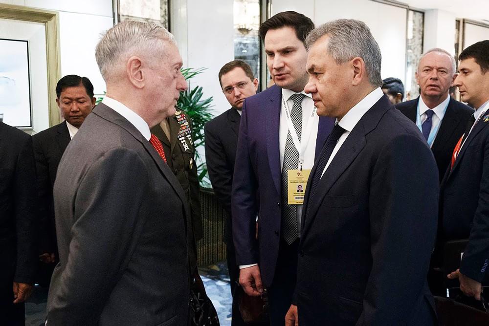 Сергей Шойгу и Джеймс Мэттис