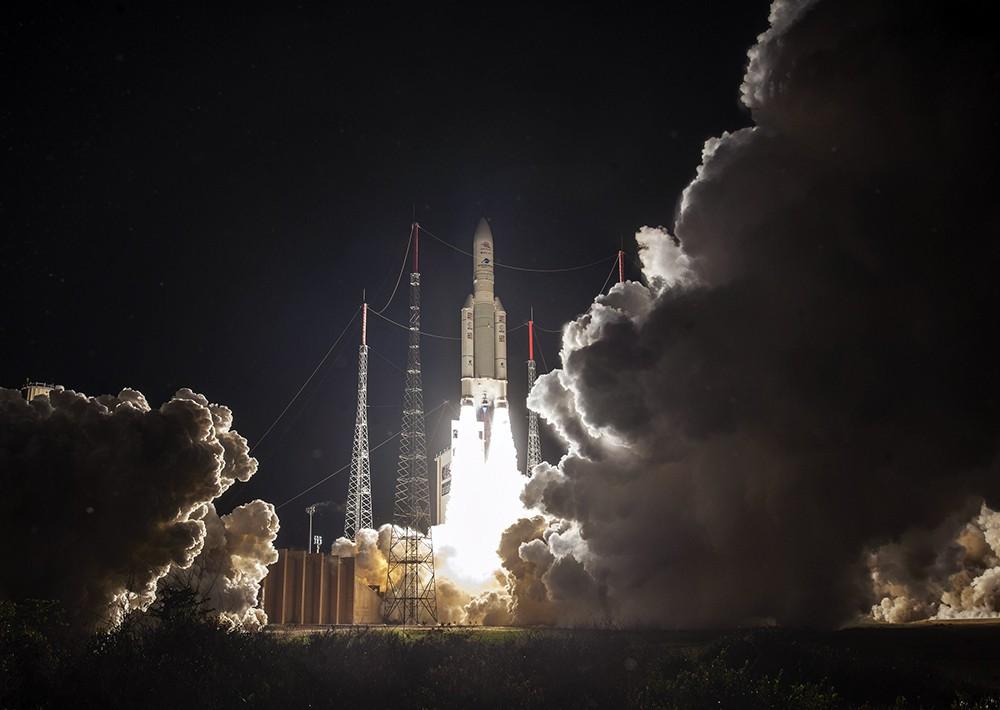 Запуск ракеты-носителя с миссией по исследованию Меркурия
