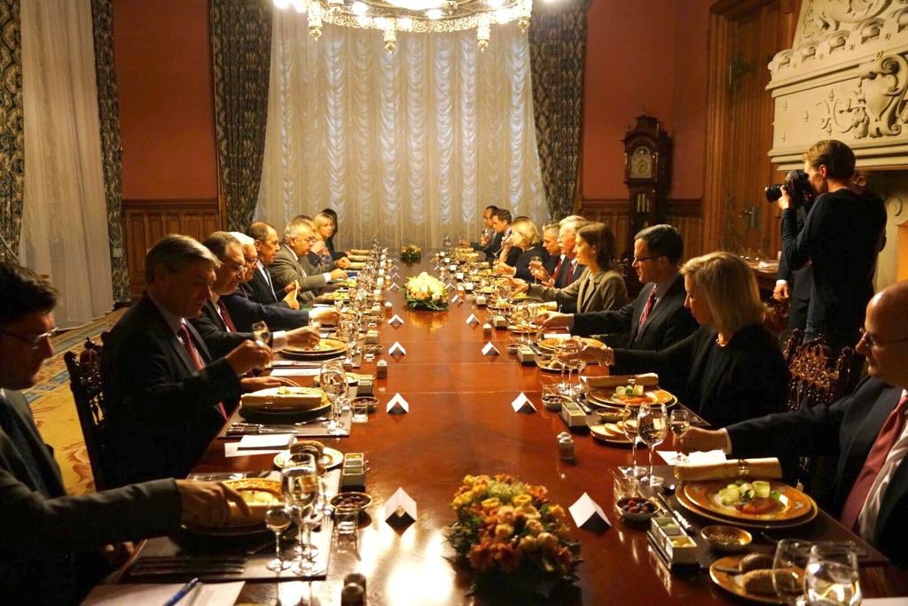 Встреча Сергея Лаврова и Джона Болтона в формате рабочего обеда