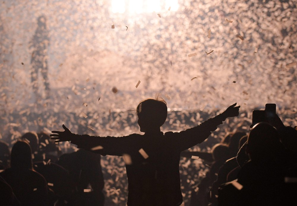 """Шоу клоуна С.Полунина и скрипача Г.Кремера """"Снежная симфония"""""""