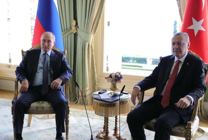 Владимир Путин и Реджеп Эрдоган на встрече в Стамбуле