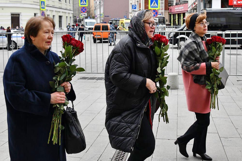 Церемония прощания с Николаем Караченцовым