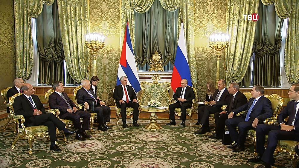 Владимир Путин и Мигель Диас-Канель Бермудес