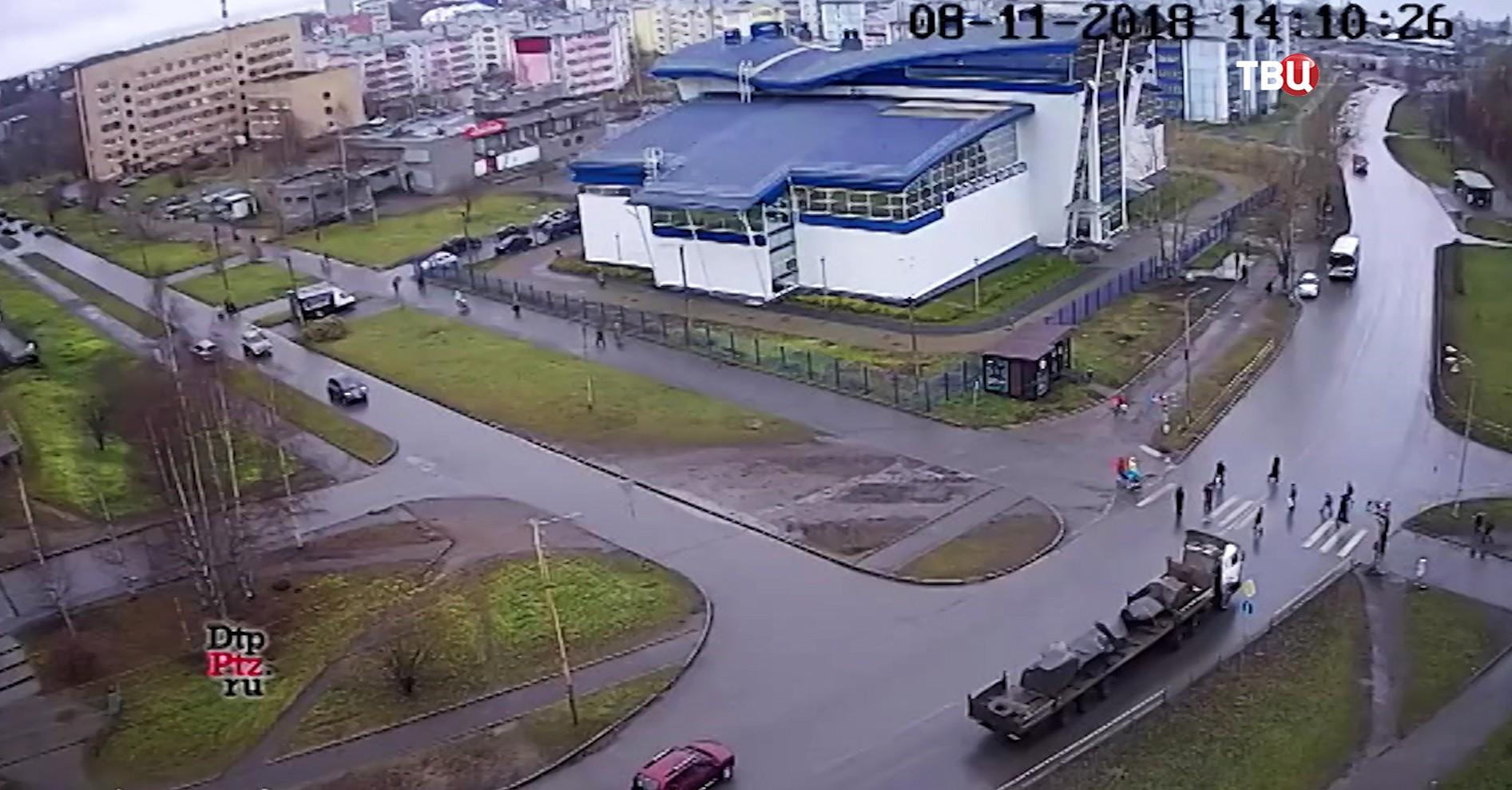Наезд грузовика на пешеходов в Петрозаводске