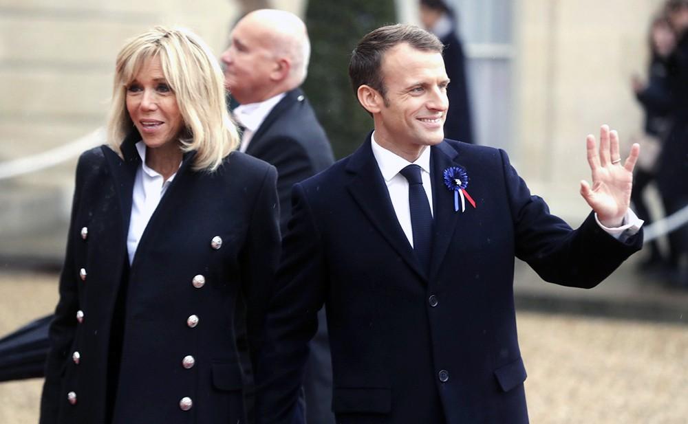 Эммануэль Макрон со своей супругой Бриджитт