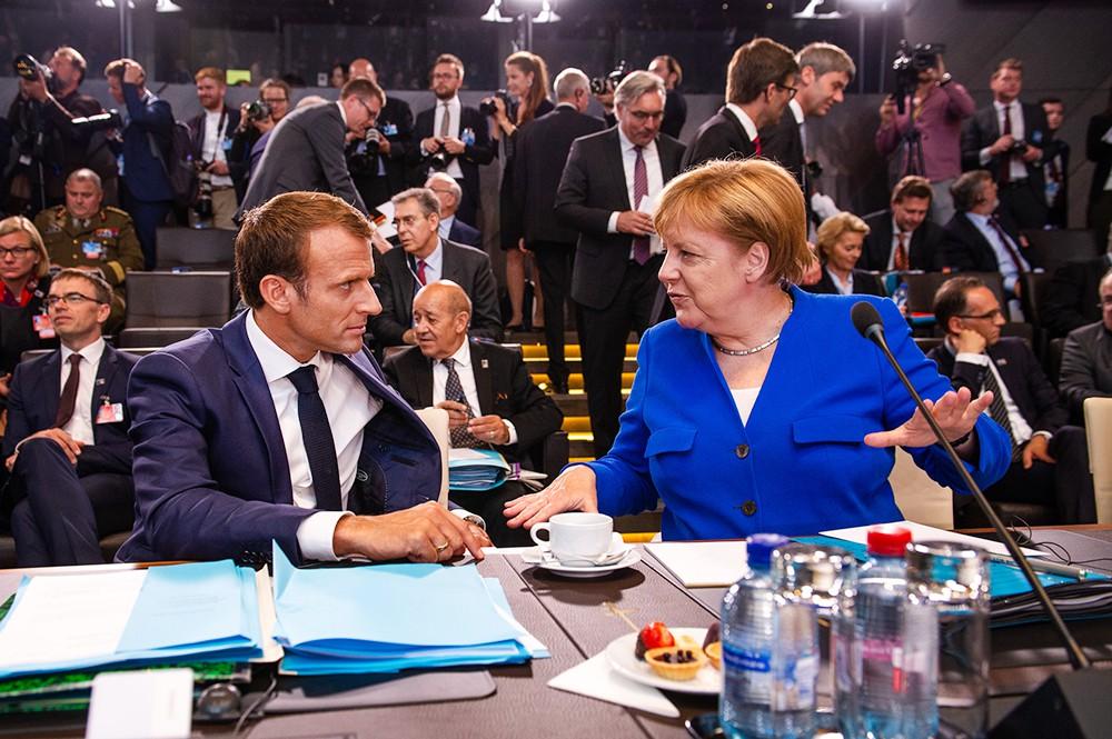 Эмманюэль Макрон и Ангела Меркель