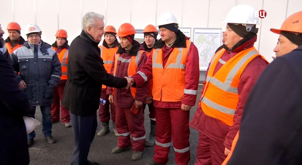 Мэр Москвы Сергей Собянин на открытии автомобильного движения на новой эстакаде прямого хода на Варшавском шоссе