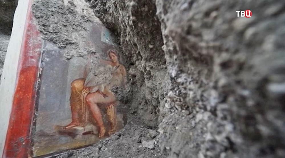Эротическая фреска на руинах Помпеи