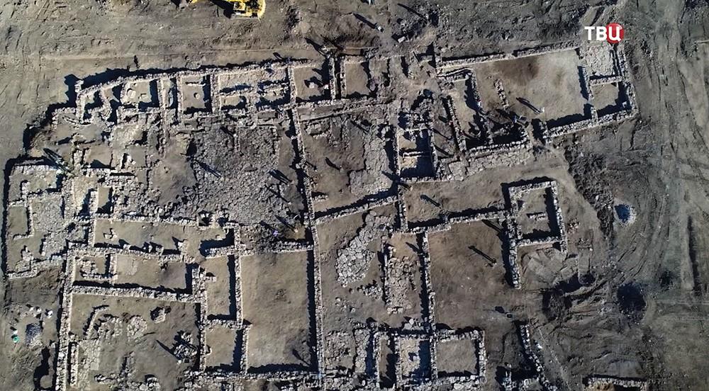 Развалины усадьбы V века до нашей эры