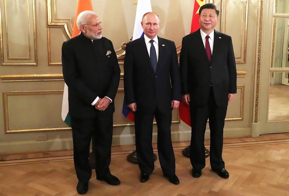 Владимир Путин, Нарендра Моди и Си Цзиньпин