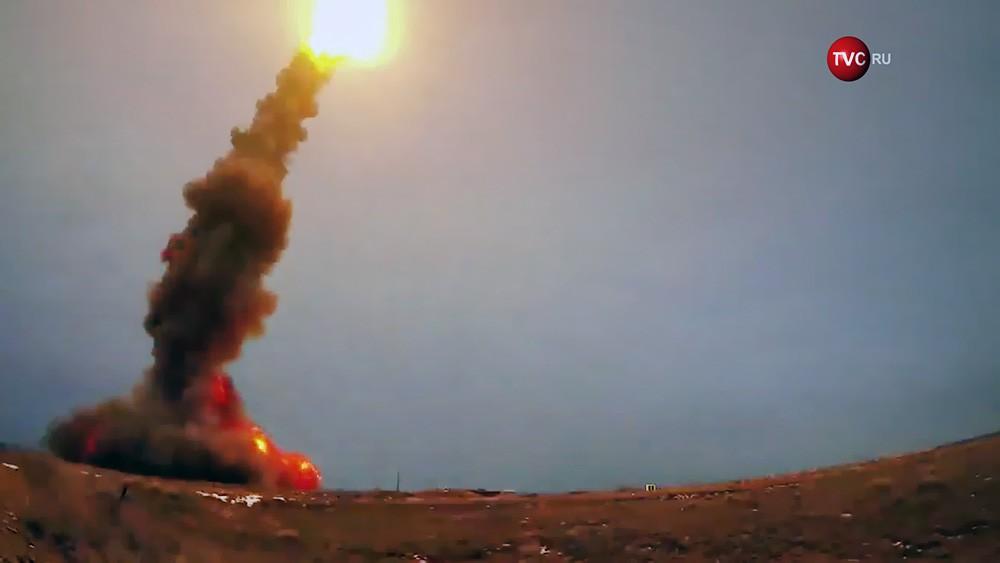 Пуск ракеты системы противоракетной обороны (ПРО)