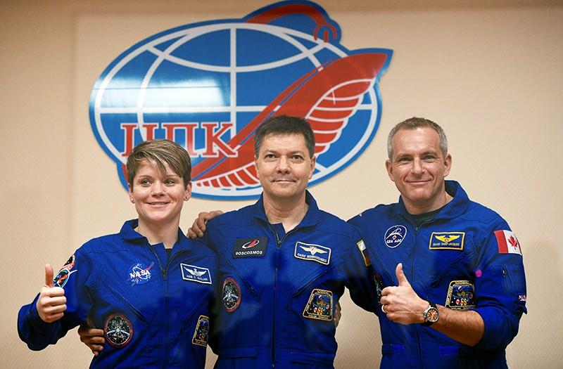 Члены основного экипажа МКС-58/59