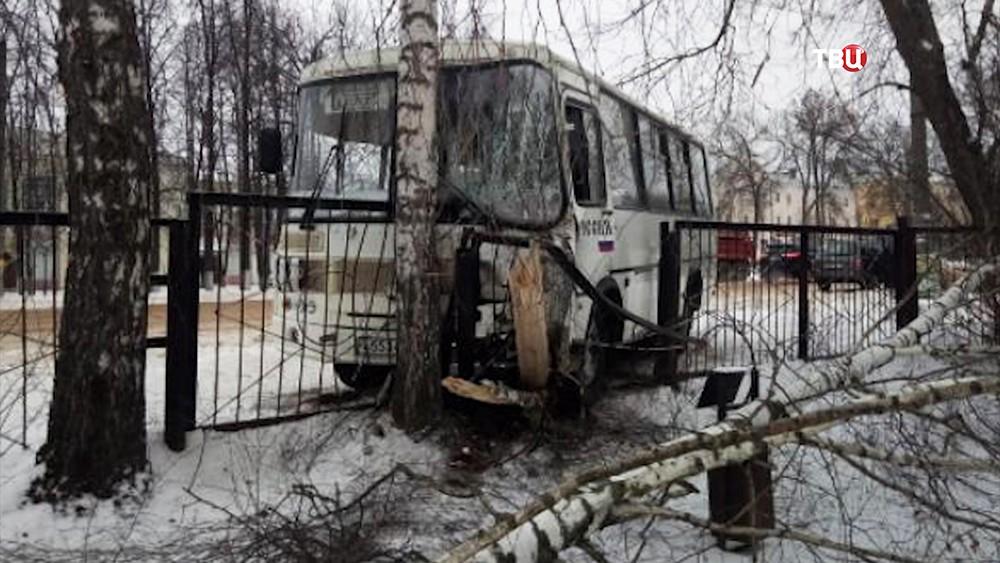 ДТП с участием автобуса в Ивановской области