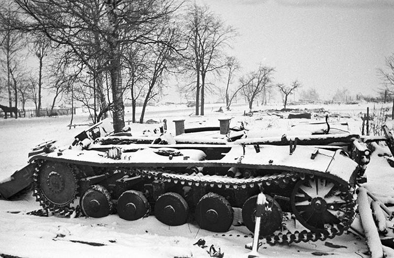 Разбитые немецкие танки под Москвой