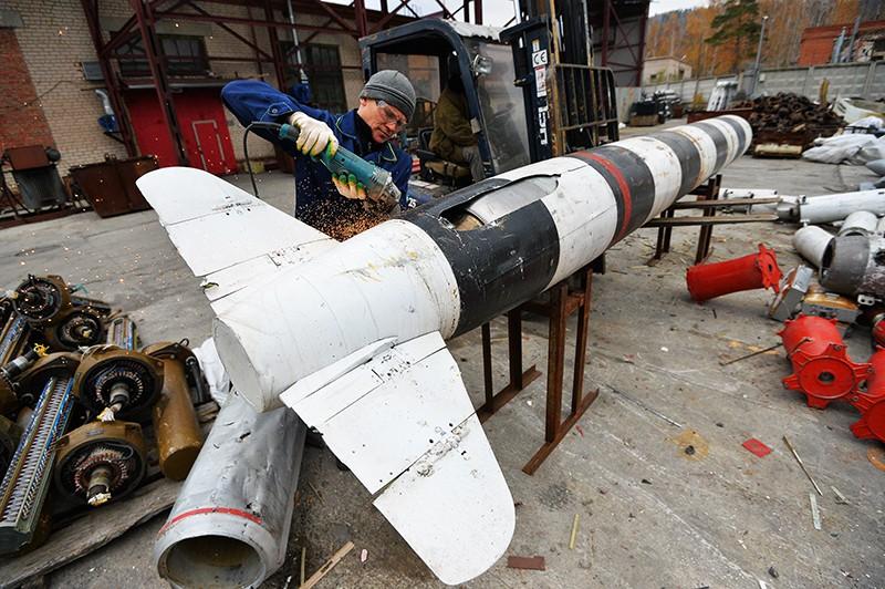 """Утилизация крылатой авиационной ракеты """"воздух-поверхность"""" X-55"""