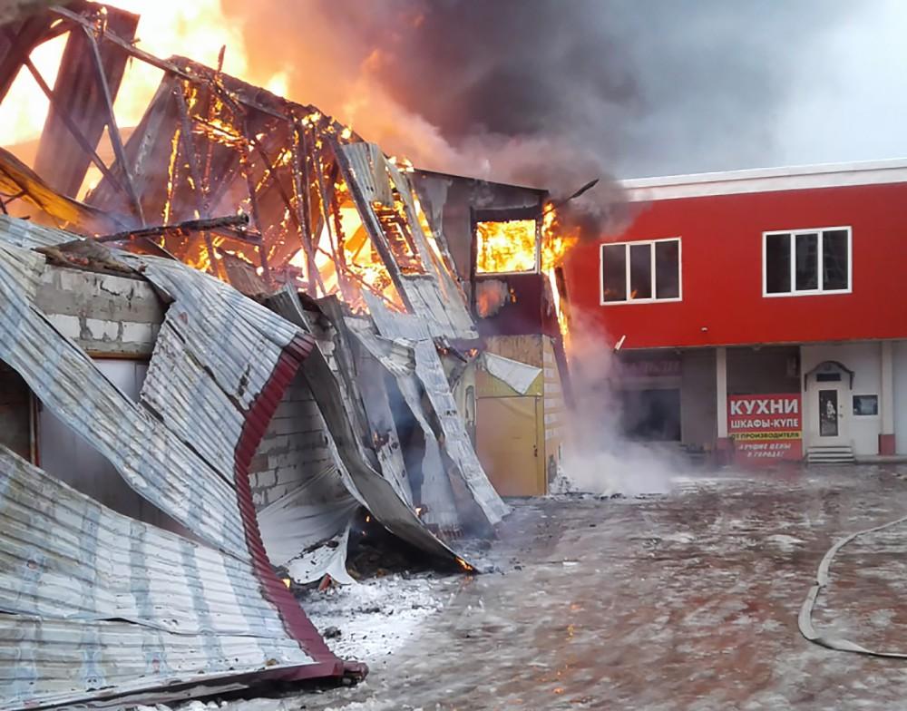 Последствия пожара на мебельной фабрике