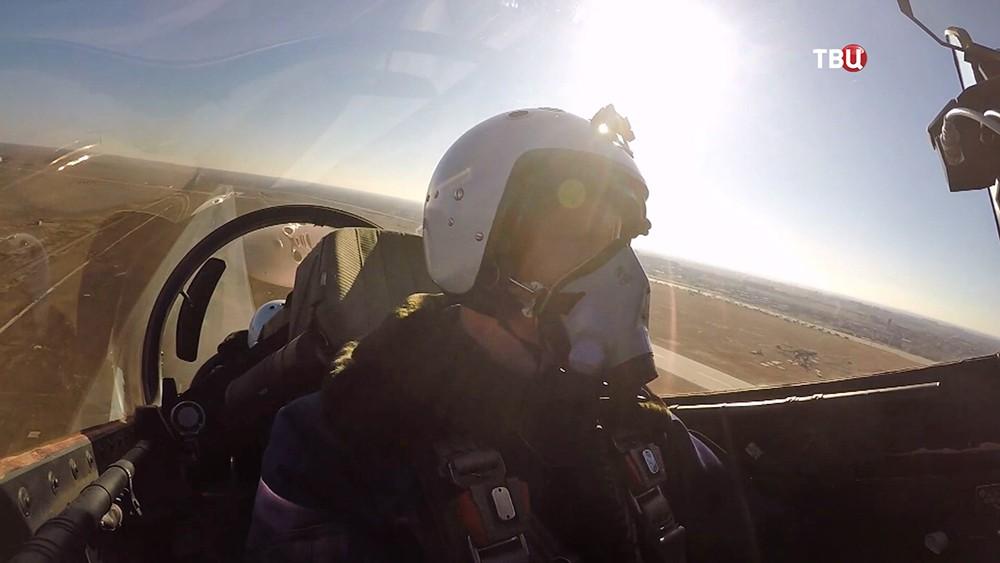 Пилот истребителя МиГ-35
