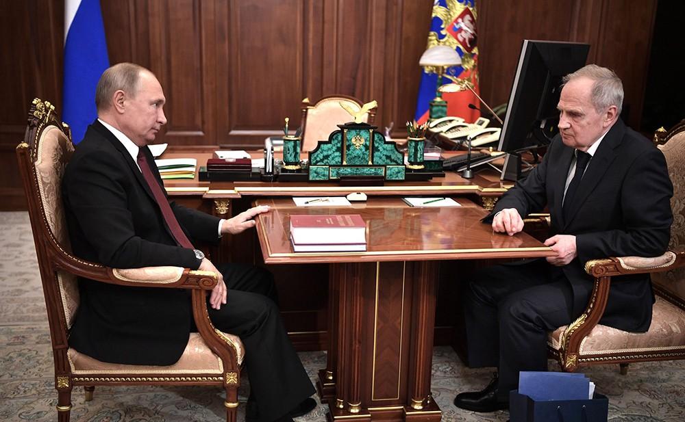Владимир Путин и председатель Конституционного Суда Валерий Зорькин