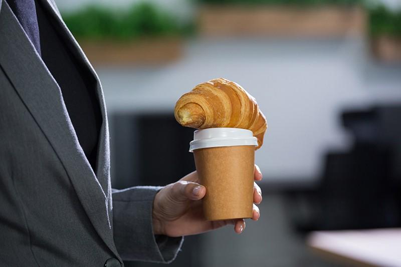 Стакан с кофе