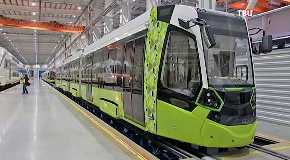 """Новый трамвай """"Чижик"""""""