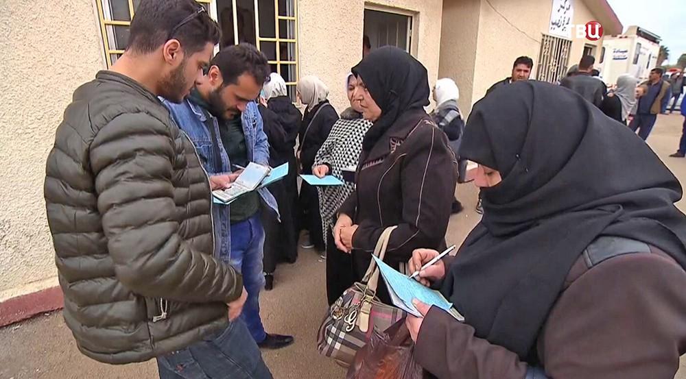 Беженцы на границе Иордании и Сирии