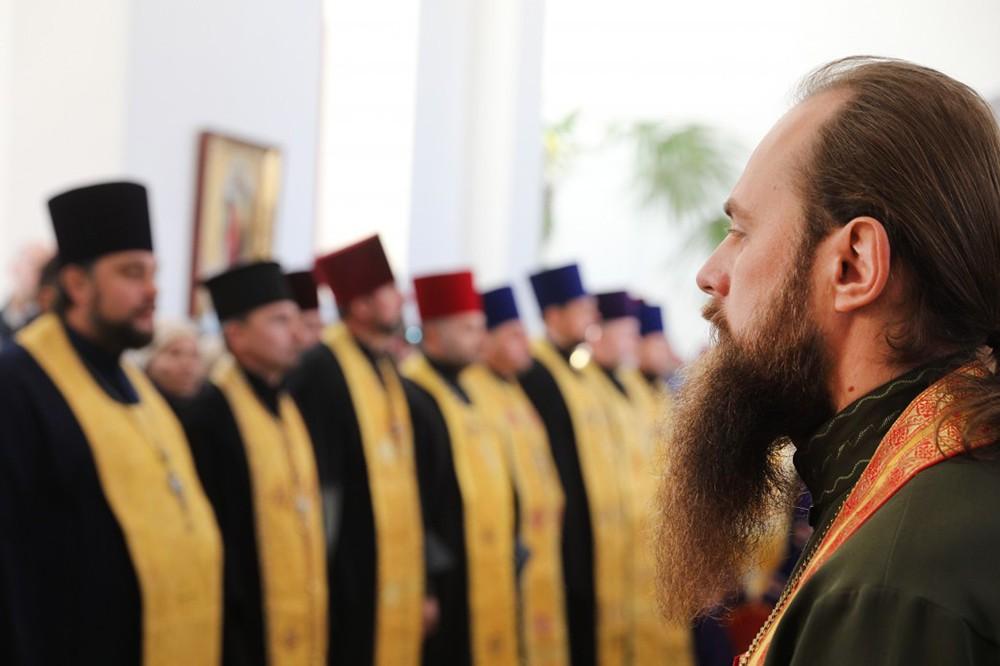 Священники Украинской православной церкви
