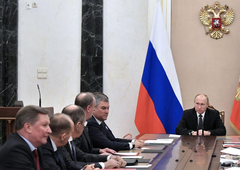 Владимир Путин проводит совещание Совбеза