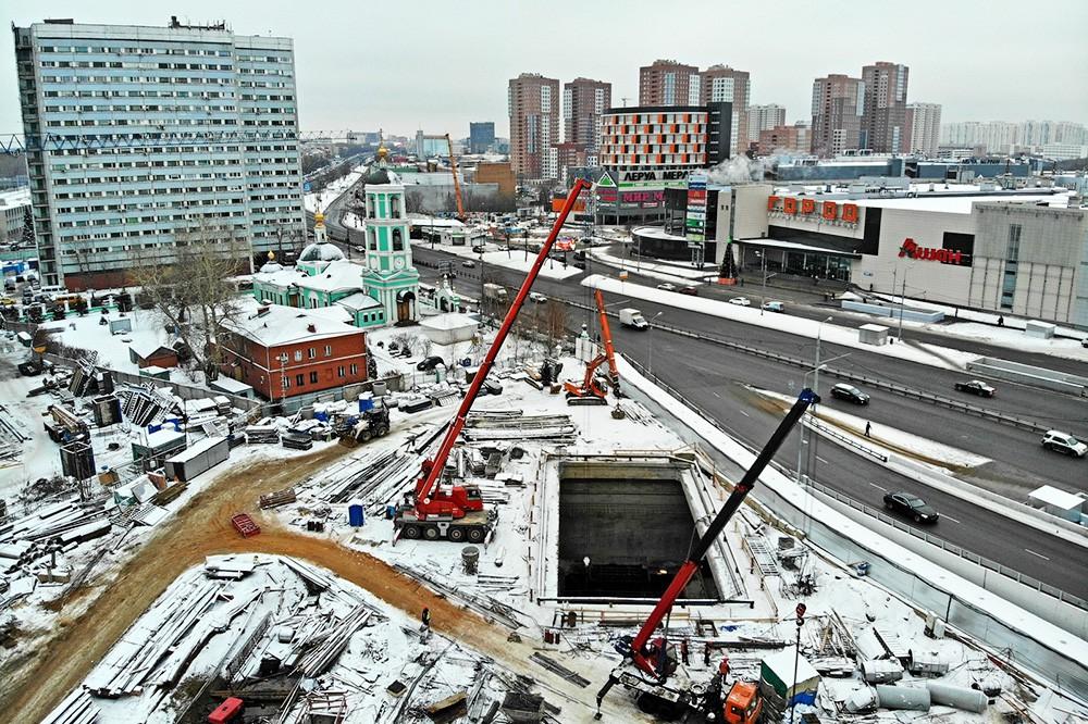 """Строительство станции метро """"Нижегородская"""""""