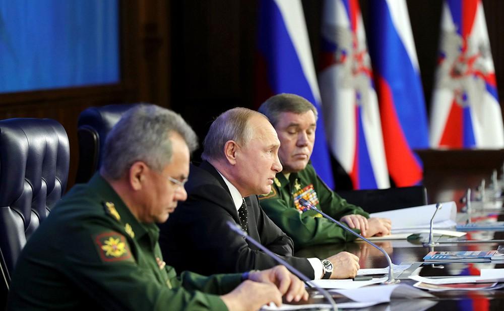 Сергей Шойгу, Владимир Путин и Валерий Герасимов