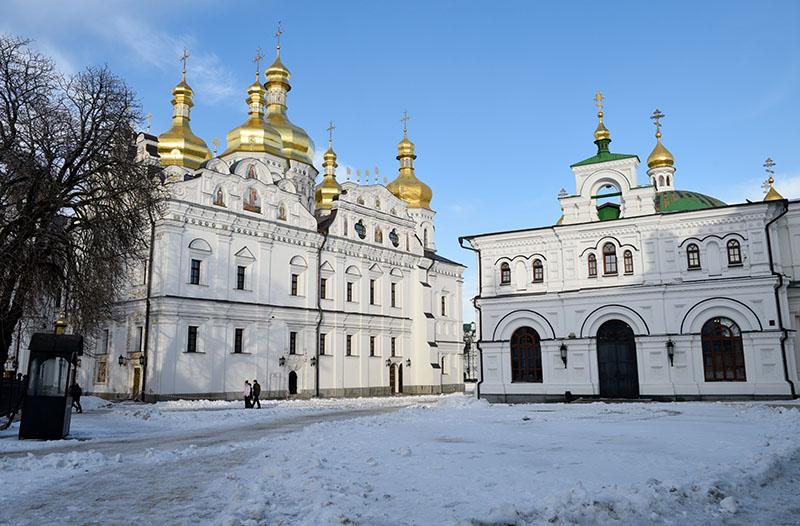 Успенский собор и трапезный храм Киево-Печерской лавры в Киеве