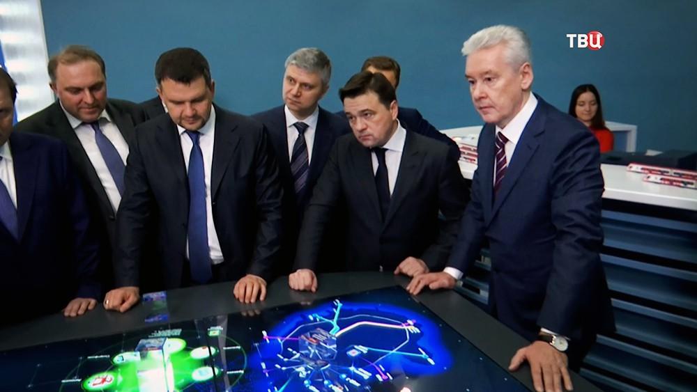 Сергей Собянин и Андрей Воробьёв на открытии выставочного павильона МЦД