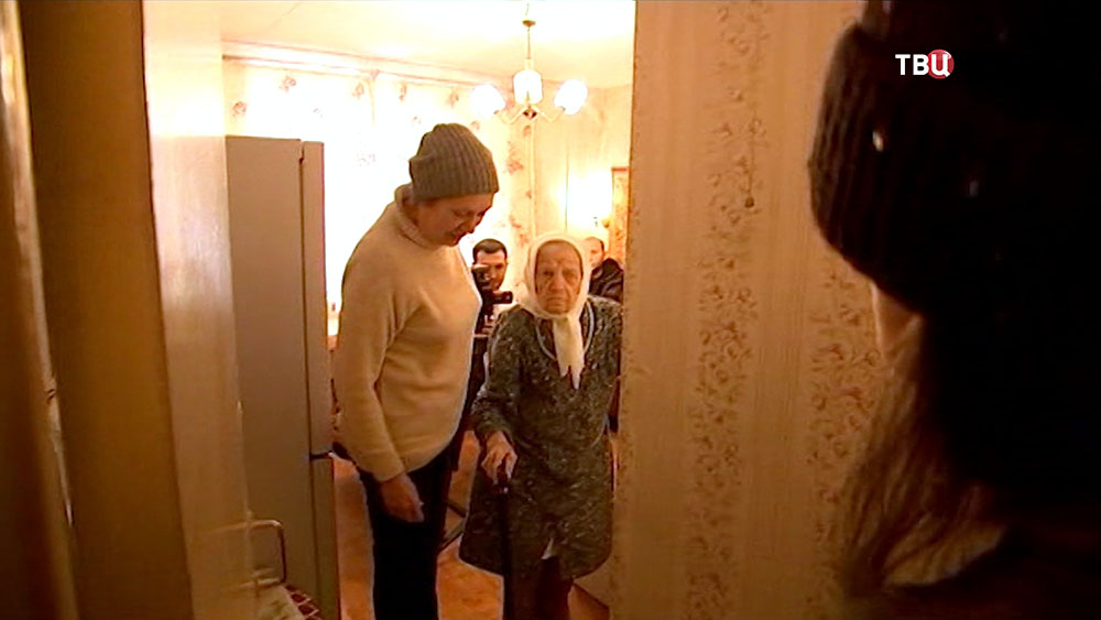Пострадавшая от действий мошенников 101-летняя москвичка